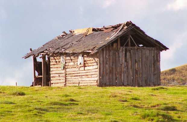 casa stana in paragina