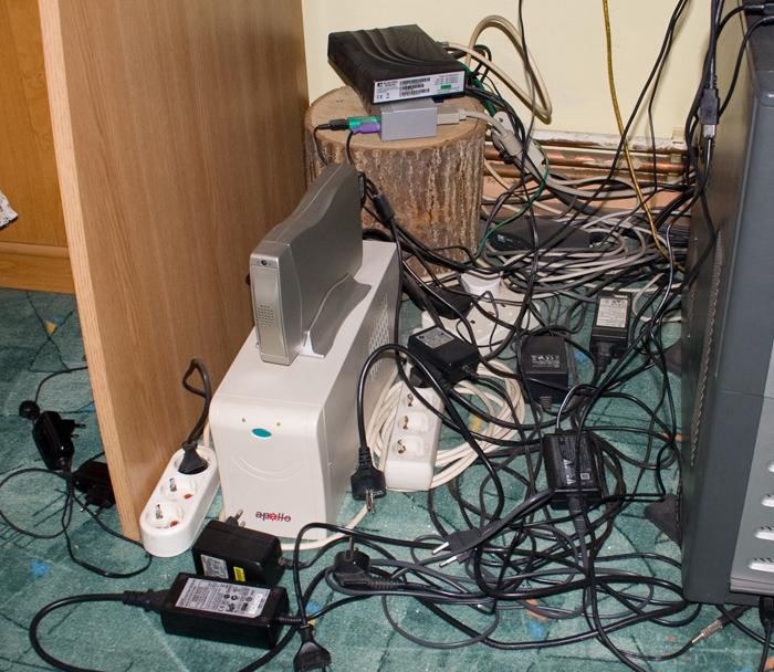 prize cabluri birou