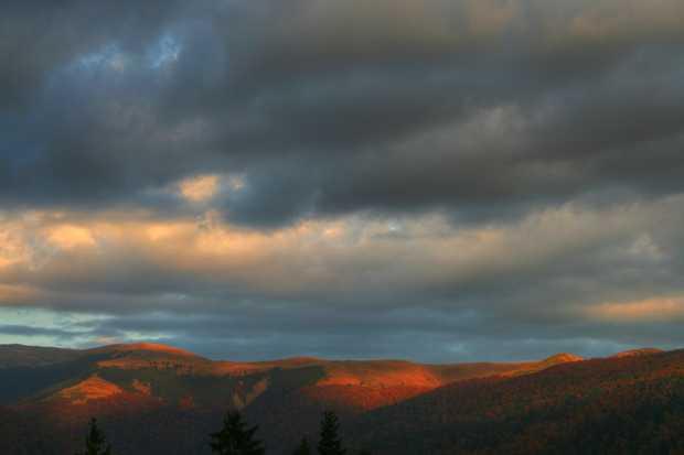 bucegi cer nori munte asfintit