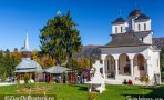 manastirea_caraiman04
