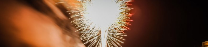 fireworks-at-rawhide-western-town-on-4th-of-july-2013-the-grand-finale