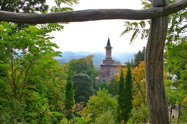 manastirea sfanta ana rohia