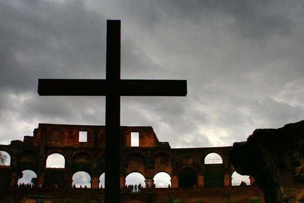 roma colosseum cruce