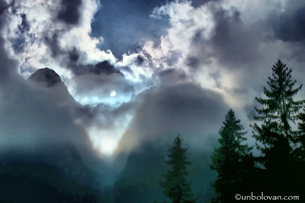 bucegi cer nori