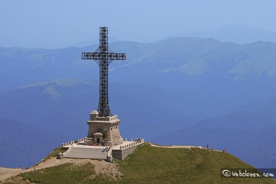 Monumentul Eroilor - Crucea de pe Caraiman în Cartea Recordurilor
